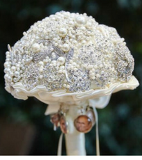 Full Brooch Bouquet